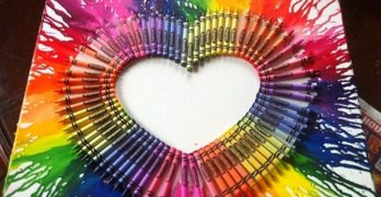 Melted Crayon HeART for a Gift